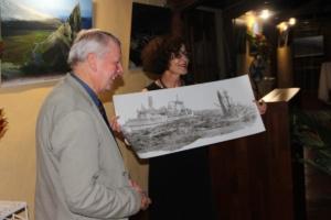 Dessin de l'Austral offert par Mme la préfète des TAAF Evelyne Decorps au professeur du MNHN de Paris  Guy Duhamel